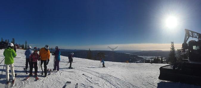 Skiing vs Snowboarding For Beginners