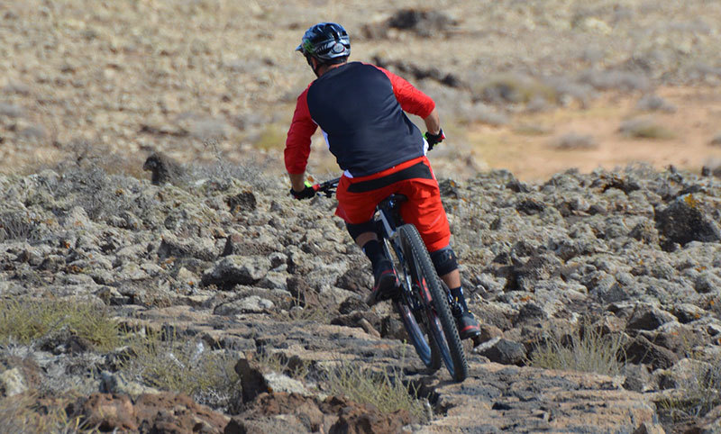 Reviews: Best Men's Mountain Bikes for Beginners Under $500 – $1000
